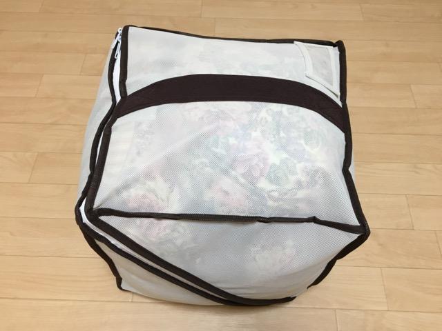 シングル羽毛布団がキューブ型布団袋に収まった!