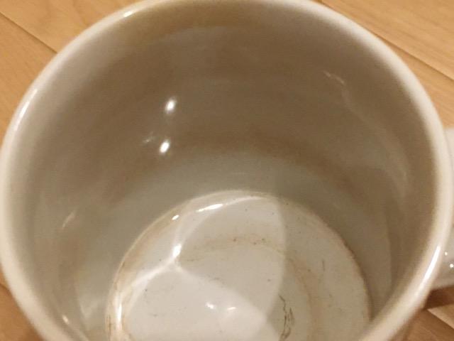 マグカップのコーヒー茶渋上から